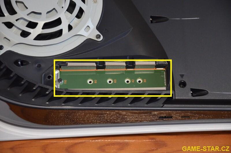 Jak přidat SSD disk M.2 do PS5 2